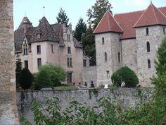 château de Couche en sâone et loire ,ma belle bourgogne