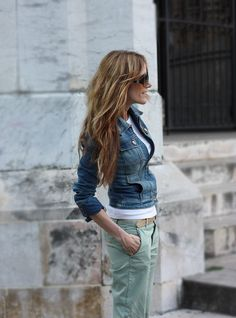 mint pants, denim jacket -- Well, if I were going to branch out into colored denim, I would go for pastely, slightly-off-blue colors like this mint. Also: rolled up sleeves brings jeans jacket out of my high school days into the present.