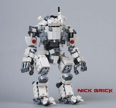 Minifigure scale model of the Atlas Titan, the well-rounded Titan class in Titanfall. Seats a minifigure.