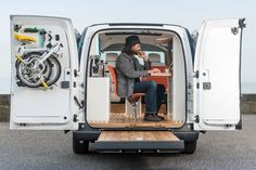 E-NV200 WORKSPACe all-electric mobile office by Nissan and Studio Hardie