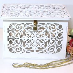 New exciting white box for WOW! effect at your wedding!