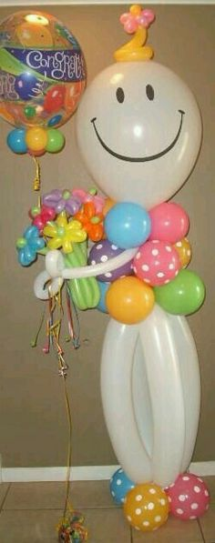 Cute idea for birthday balloons. G;)