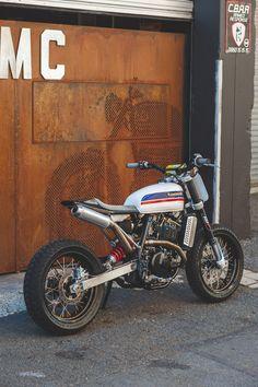 Ottonero Cafe Racer: CCM Street Tracker / Wolf moto