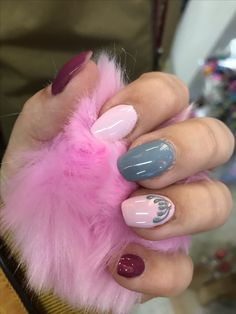 #fashion #nails #pinknails #greynails #ciklamennails