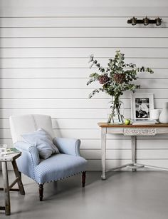 Plascon House Tour: A Modern Rustic Edwardian Villa - SA Decor & Design Living Room Kitchen, Living Room Decor, British Standard Kitchen, Pergola, Cool Kids Bedrooms, Interior Styling, Interior Design, Palette, Rustic Bench