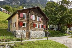 Holiday house Morschach for 4 - 8 persons with 4 bedrooms - Farmhouse - Morschach Farmhouse, Cabin, Bedroom, House Styles, Holiday, Switzerland, Home Decor, Vacation, Travel