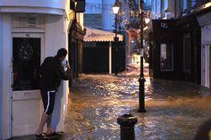 Islington flooding Streets submerged in severe flood on Upper Street - Evening Standard