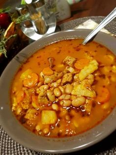Nagyis babgulyás Hungarian Cuisine, Hungarian Recipes, Chana Masala, Soups And Stews, Bon Appetit, Chowder, Nom Nom, Healthy Living, Curry