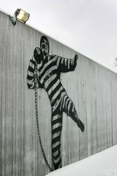 """Excellent article by Arts Hub: """"Incarcerated architecture -- how prison design can affect inmate behaviour and rehabilitation.""""  They write about the success of inviting the West Kimberley elders to help desing a better prison suiting community needs. Superintendent Mike McFarlane says: """"If you create a positive atmosphere within the prison, you get a positive things out of the prisoners."""" #sociology"""