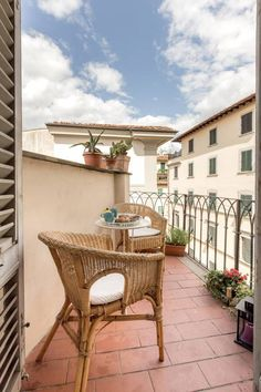 Check out this awesome listing on Airbnb: Central cosy room in Arty flat - Apartments for Rent in Firenze