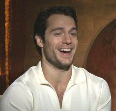 Henry ....Dios mio ! Que hermosa sonrisa