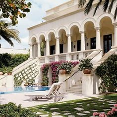 gorgeous Mediterranean patio