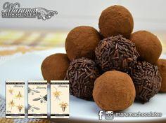Pronto en Maracay los deliciosos Chocolate de Taza Chocolate de Taza Especiado y Bitter 70% de @marumachocolates  Los fines de semana nos ponemos creativos y queremos hacer postres de todo tipo con chocolate y cacao.  Para ti que eres repostera(o) mereces un producto que le dé carácter a tus creaciones tus clientes quedarán encantados.  Precios y Pedidos:  marumachocolates@gmail.com  #marumachocolates #trufas #cacaovenezolano #somostreetobar #cacao #chocolate #bitter70 #repostera #postres…