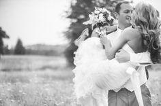 Get Carried Away I Amanda Marie Studio I #weddingphotography