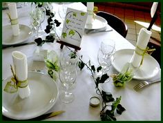 Simple table setting with plates/leaves.