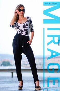 Fekete, ejtett ülepű, derekán megkötős, zsebes nadrág. 10.990 Ft Capri Pants, Lily, Fashion, Moda, Capri Trousers, Fashion Styles, Orchids, Fashion Illustrations, Lilies