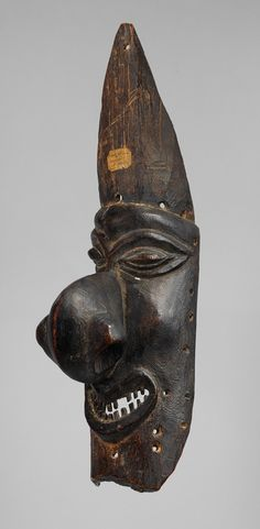 Mask (Dagak) [Kanak peoples culture]. New Caledonia, northern Grande Terre Island, mid-to-late 19th century.
