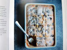 Hétvégi menü: Kárai Dávid receptjeiből főzünk könnyűt, jót | nlc Cheddar, Banana Bread, Menu, Desserts, Food, Cilantro, Menu Board Design, Tailgate Desserts, Deserts