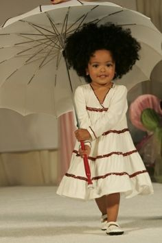 She looks like a little baby doll :) Natural Hair