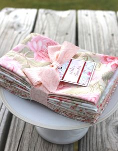3 Sisters Favorites Moda 6 Fat Quarter 100% Cotton Pink & White Floral Bundle 2 #Moda