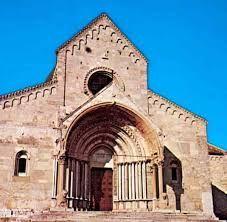 romansk arkitektur – Google Søk Barcelona Cathedral, Notre Dame, Building, Travel, Google, Viajes, Buildings, Destinations, Traveling