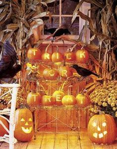 IDEAS & INSPIRATIONS: Halloween Outdoor Decor - Outdoor Halloween Decorations