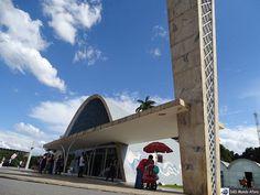 Hoje o Terra de Minas (Rede Globo) está mostrando os pontos turísticos da Pampulha em Belo Horizonte.  Nós estivemos lá durante o Encontro da Rede Brasileira de Blogueiros de Viagem. Em breve um post completo.  Igreja da Pampulha!!!!! http://ift.tt/1SzDx9f  #mundoafora #dedmundoafora #mundo  #travel #viagem #tour #tur #trip #travelblogger #travelblog #braziliantravelblog #blogdeviagem #rbbviagem #tripadvisor #trippics #instatravel #instagood #wanderlust #worldtravelpics #photooftheday…