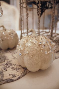 Oooo...love the beads and glitter on this little pumpkin!