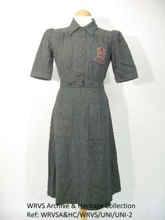 WVS Uniform 1942 – green wool - British Women's Volunteer Service 1940s Fashion, Vintage Fashion, Vintage Military Uniforms, 1940s Outfits, Female Firefighter, Vintage Mode, Green Wool, Wool Dress, Women In History