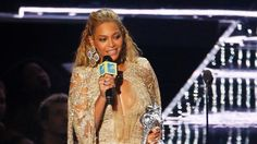 Beyoncé slays at MTV VMAs, Drake honours Rihanna