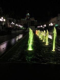 Fuente y Ayuntamiento, plaza de San Juan de Dios, Cádiz, Andalucía