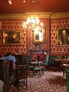 Pub decor London