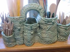 clay artwork...I'm totally making this for my classroom