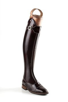 These special and unique Italian DeNiro boots are Brushed Brown WRAT leather with a quality Brown Vibram sole. Full front zip fastening with a buckle at the top and a calfskin inner leg patch that helps with grip and stability when riding.