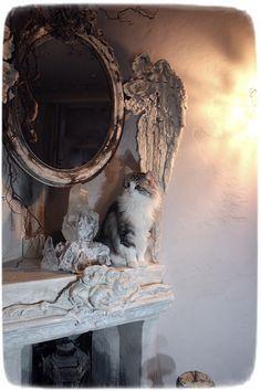 Méas Vintage Hobbit, Meas Vintage, Shabby, French Style, Art Inspo, Enchanted, Lion Sculpture, Statue, Mirror