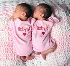 Tips on Naming Your Twins - http://blog.3beesandme.com/tips-on-naming-your-twins/