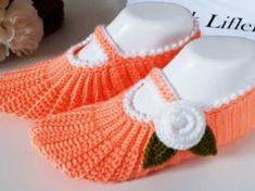 İki Şişli Patikleri Kıskandıracak Tığ İşi Patik Modeli Elsa, Baby Shoes, Places, Fashion, Crochet Shoes, Knits, Socks, Dots, Moda