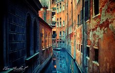 Love the colors in this shot. So beautiful.     venice_iii_by_isac_goulart
