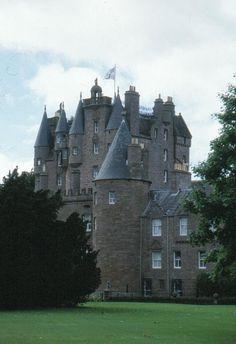 La leggenda del castello di Glamis http://mitologias.altervista.org/castello-di-glamis.html