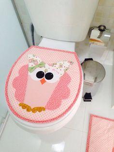 Jogo de Banheiro de Coruja de Patchwork, feito com tecidos 100% algodão.  Faço de duas, três ou mais peças;