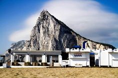 Mirad que postal nos envía Natalia Zambrana a través de Twitter. Es una de las playas de La Línea.