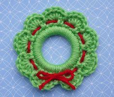 11 FREE Crochet Wreath Patterns