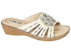 NEW LADIES FLOWER DETAIL PEEP TOE LOW WEDGE SUMMER SANDALS SHOES-BY SHOE TREE Sandal Wedges, Flat Sandals, Leather Sandals, Shoes Sandals, Summer Wedges, Low Wedges, Summer Sandals, Shoes Pic, Pictures Of Shoes