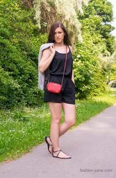 Black romper shorts #fashionjuicecom #lookoftheday