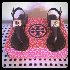 100% Authentic Tory Burch Sandals Super cute Tory Sandals! Has two smudges on big toes, but not from wear or tear accidentally tried to take nail polish off of them, but you cannot tell when you have them on. No wear or tear on heels. Literally wore them a few times. Just no longer fit me These are in amazing shape❤️ Tory Burch Shoes Sandals
