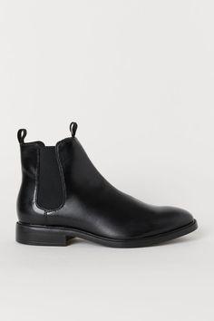Chelsea BootsModel