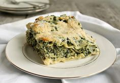 Light Spinach Lasagna with Cauliflower Sauce
