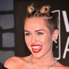 22 Things Miley Cyrus Looked Like At The 2013 VMAs