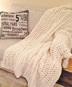 Hey, I found this really awesome Etsy listing at https://www.etsy.com/listing/168781912/cream-modern-chunky-extreme-crochet-knit