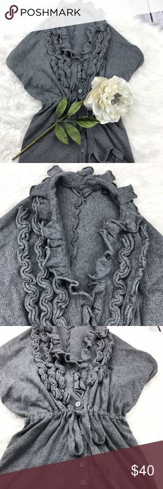 """SALEAnthropologie Gray Ruffled Collar Sweater Adorable Unique Anthropologie Gray Ruffled Collar Sweater open back 24"""" from the top of the shoulder to the bottom Anthropologie Sweaters"""